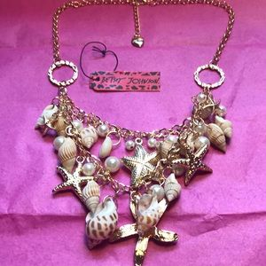 Betsey Johnson seashell and pearl necklace